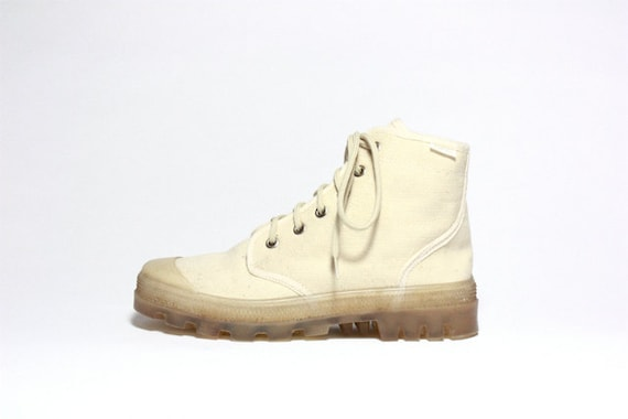 VTG Canvas & Clear Rubber Lace Up Sneaker Ankle Boot 6 / 6.5