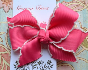 Medium Pink with White Crochet Edge Classic Diva Bow