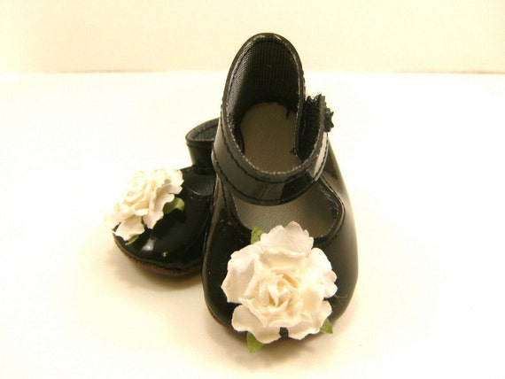 """Doll Shoes for 18"""" Dolls Embellished Mary Jane Shoes, Black With White Flowers"""