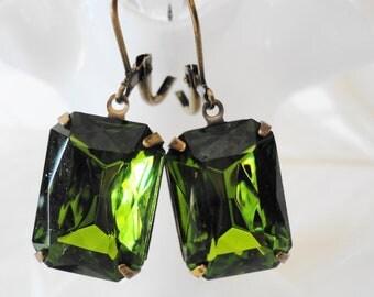 FREE Shipping Estate Earrings Olive Green Vintage Olivine Rhinestones Glass Jeweles Retro Old Hollywood Bridal Gift Girly