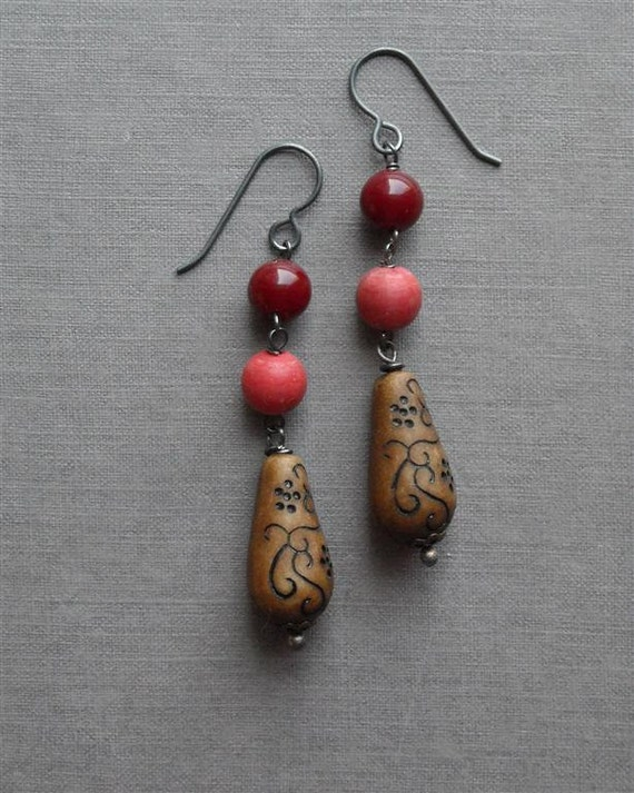 rosewood earrings - vintage lucite and sterling