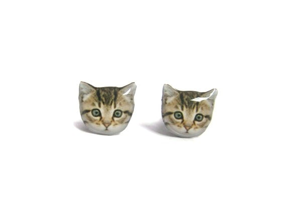 Cute Home Little Kitten Cat Stud Earrings / Pet memorial gift / Cat Jewelry / personalized / Cat Lover / Pet Lover / Kitten /  A025ER-C06