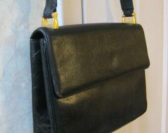 Vintage textured black leather bag, Morris Moskowitz adjustable strap black leather bag, black leather shoulder purse, Morris Moskowitz retr