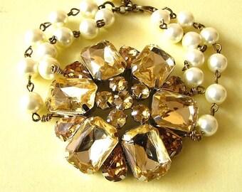 Bridal Jewelry Gold Chunky Bracelet Wedding Jewelry Statement Bridal Bracelet Pearl Bracelet Gold Bracelet Bridesmaid Jewelry Set Gift