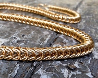 14K Solid Gold Chainmaille Necklace - Box Chain Pattern
