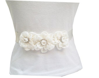 30% off----So Pretty Wedding Ivory Sash with Rhinestones
