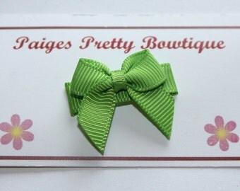 Green Apple Itty Bitty Bow Snap Clip-Baby Hair Bow-Infant Hair Bow-Fine Hair Clip