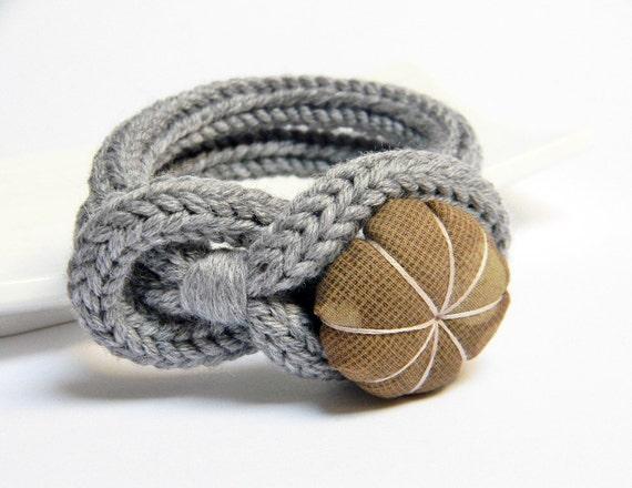 Knot bracelet, tweed light grey wool bracelet, handmade japanese fabric flower button, tied up, yarn jewelry