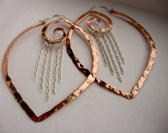 Lg Chain Point Swirl Hoops in Copper E313 or Bronze E314