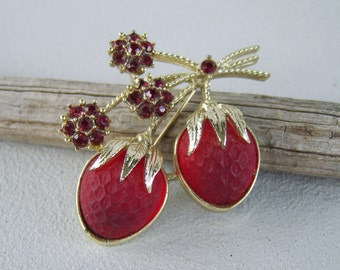Vintage Sarah Coventry Strawberry Festival Brooch Red Glass