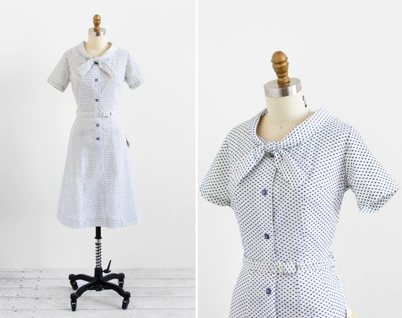 vintage 1960s dress / bow print dress / Deadstock White and Blue Flocked Bows Day Dress