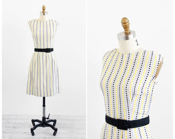 vintage 1950s dress / 50s wiggle dress / Embroidered White, Black, and Yellow Dress