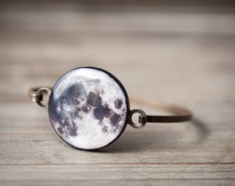 Full Moon bracelet - Full Moon jewelry - Space bracelet - Bangle bracelet - Space Jewelry - Planet bracelet - Solar system jewelry