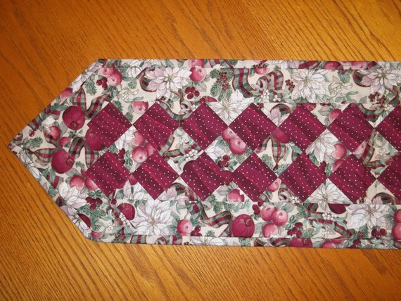 Berry Poinsettia Christmas Quilted Table Runner