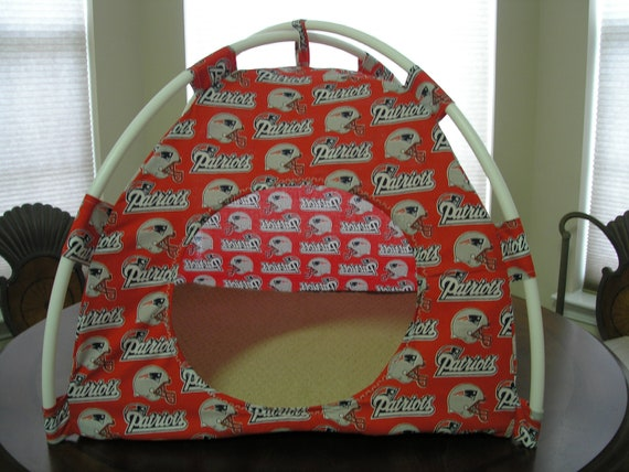 Large Handmade New England Patriots Pup Tent Pet Bed For Cats / Dogs / Ferrets / Piggies Or Used For A Toy Box / Barbie Doll House