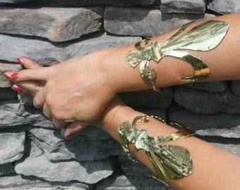 Fluer Cuffs