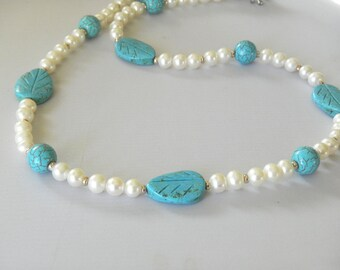 Pearl and Turquoise Necklace White Blue