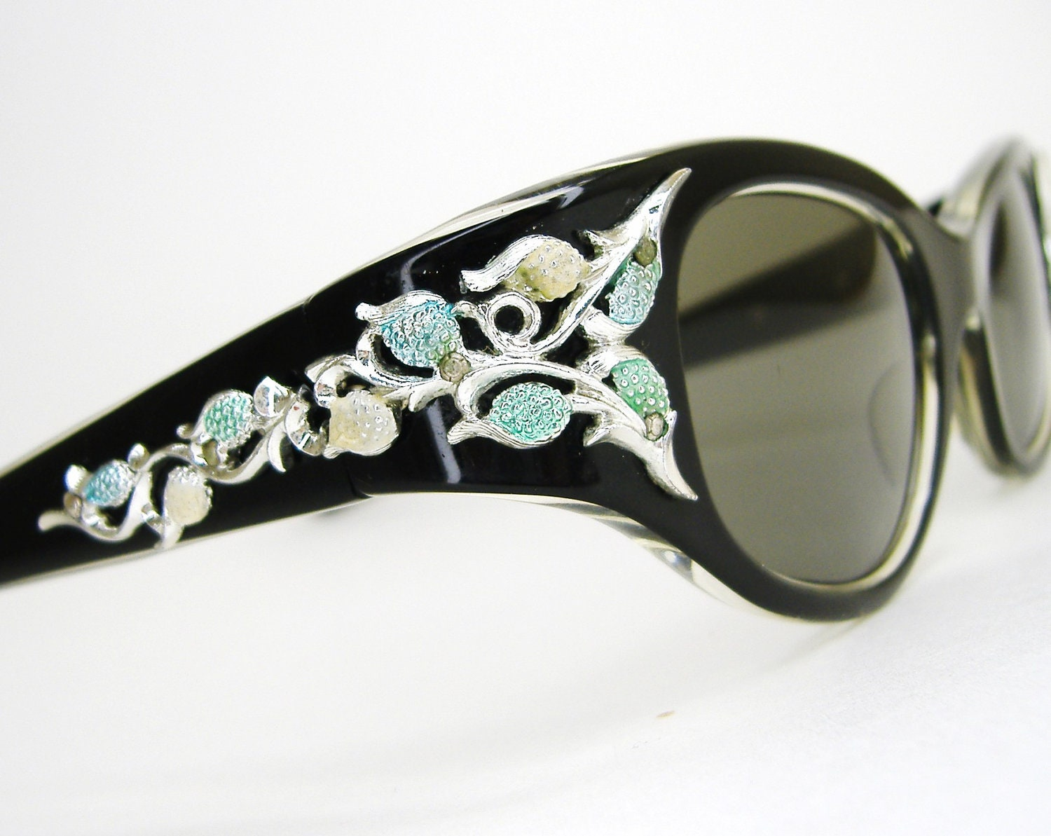 Vintage Black Horn Rim Cateye Sunglasses With By