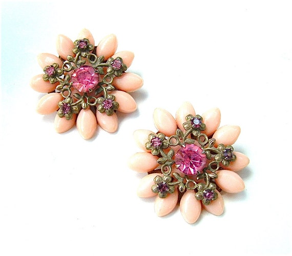 Romantic Vintage Earrings Peach Pink Fashion Rhinestone Clips, Free US Shipping