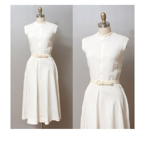 1940s Dress - White Full Skirt Dress with Lace Collar