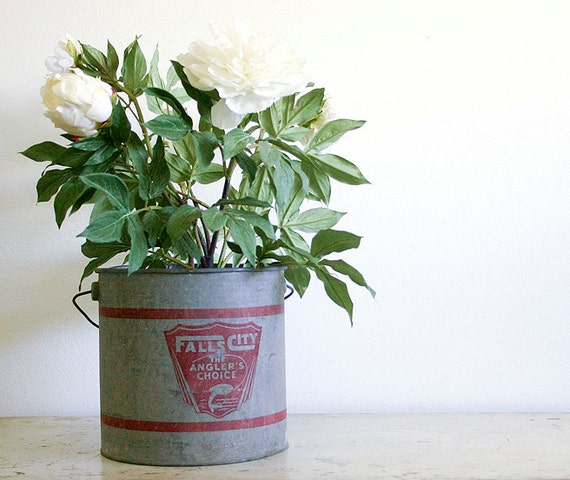 Vintage Bait Bucket or Pail / Galvanized Metal / Industrial Decor