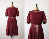 RESERVED. plus size dress - 1970's day dress