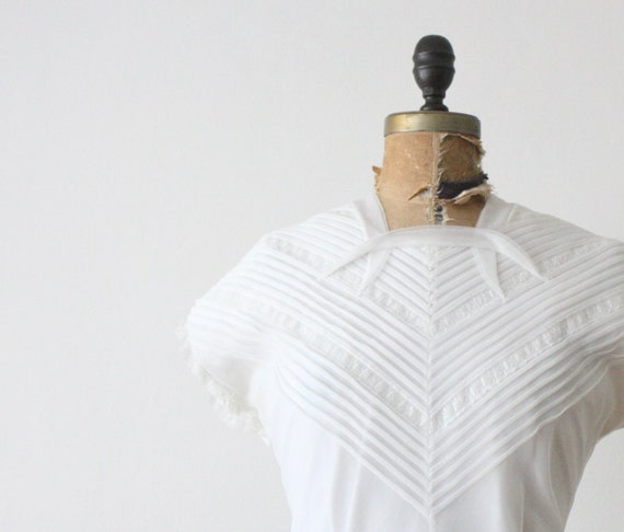1950's white pintuck blouse