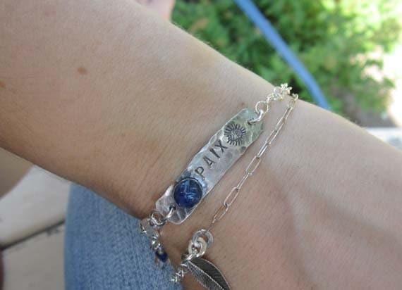 Peace silver bracelet - romantic bohemian unique look - blue PAIX (peace)