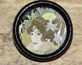 Art Deco LADY Beauty Tie Tack or Ring or Brooch pin or Pendant