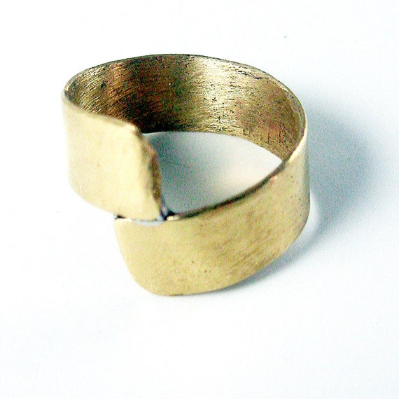 Shiny Brass Wrap Band Ring, Captiva, Gold, Size 6
