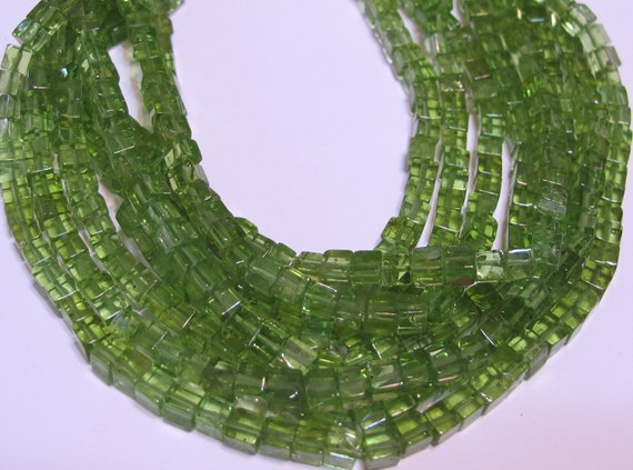 """peridot great quality stones cube shaped beads 7"""" strand 3D box square"""