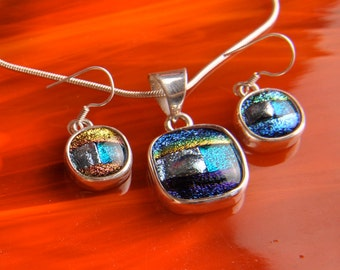 CLeArAnCe .925 Sterling Slver Dichroic Fused Glass Necklace Earrrings ...matching set...
