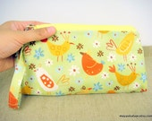 Handmade Wristlet - On A Whim - bird design.everyday purse.zippered purse.bridesmaid gift.makeup purse.ready to ship