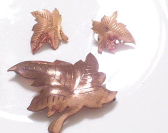 Temming Jewelry, Rare Vintage TEMMING Hand Wrought Copper Leaf Pin and Clip Earrings Set, Vintage Copper, Fall Jewelry