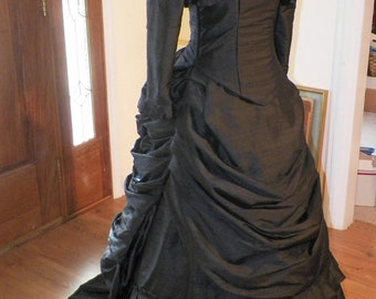 Victorian Dress,Steampunk Dress,Gothic Dress,Bustle Dress,Venice Costume,Wedding Dress,Ball Gown,Black Dress,18th Century Dress,Silk Dress