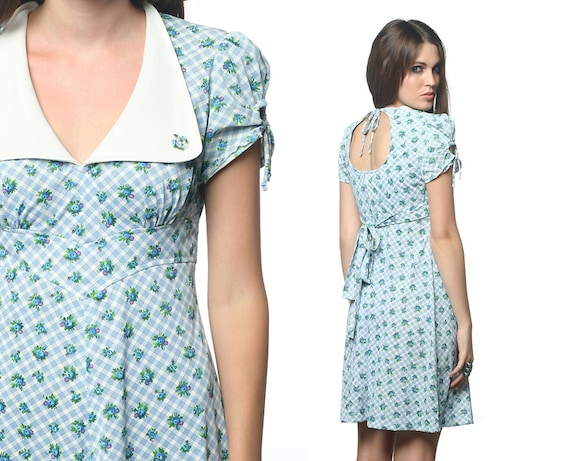 PUFF SLEEVE Mod Dress 60s KEYHOLE Baby Blue Floral Mini Open Back 1960s Babydoll Empire Waist Dolly Collar 70s Vintage Small Medium S M