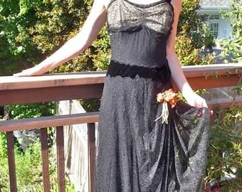 1930s Vintage Black Lace Overlay Dress Evening Gown Velvet Waist Great Details 36 Bust