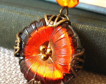 Mini Pansy II - Fiery orange flower filigree necklace - Elysia