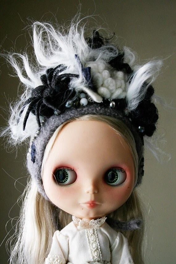 OOAK - Special Edition - Halloween -  Gnome Helmet for Blythe - Floral Collage -  Black Widow