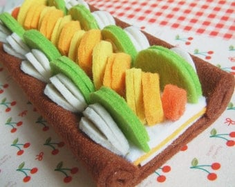 Felt fruit pie,  felt cake, with 3mm felt, ----Only One- ready for shipping