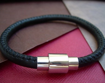 Leather Bracelet, Premium Stitched Nappa Leather, Stainless Steel Magnetic Clasp,Black, Mens Bracelet, Mens Jewelry, Fathers Day, Groomsmen