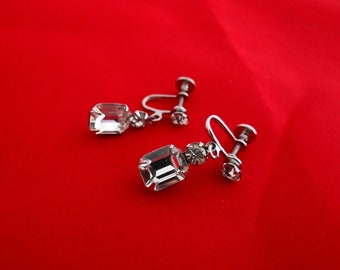 """Vintage 1"""" rhinestone and silver tone drape earrings with perfect round and square sparkly stones"""