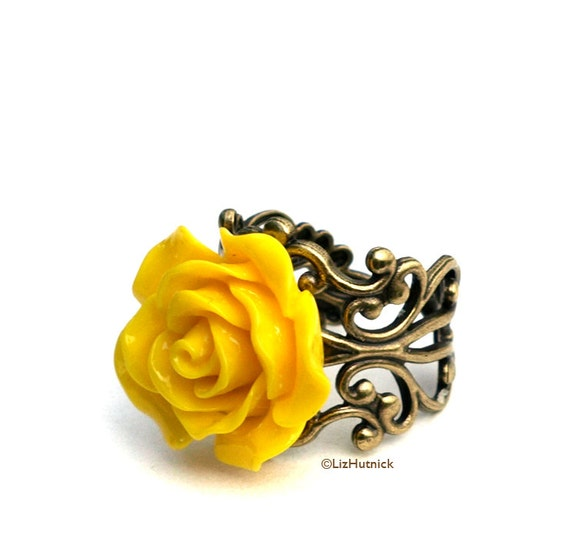 Yellow Rose Ring. Thick Filigree. Adjustable Cocktail Ring