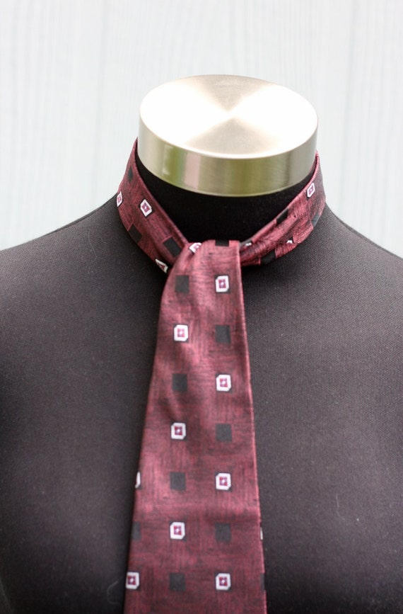 SALE Vintage Metallic Maroon Silk Tie With All-Over Print