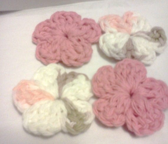Embellishments.....Little Flowers in groups of 4