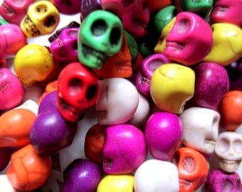 40 colored skull beads howlite gemstone diy jewelry making 10mm 8mm day of dead HP(D6)