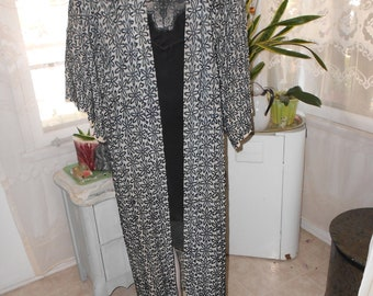 Sheer Fabric w/Black Appliqued Flowers Robe - Size M-L