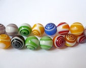 Round glass beads in circle pattern in many colours - 11mm 12mm - 14 beads