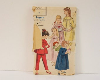 Vintage 1960s Vogue Girls Nightgown pajamas and robe Size 7 pattern 5329