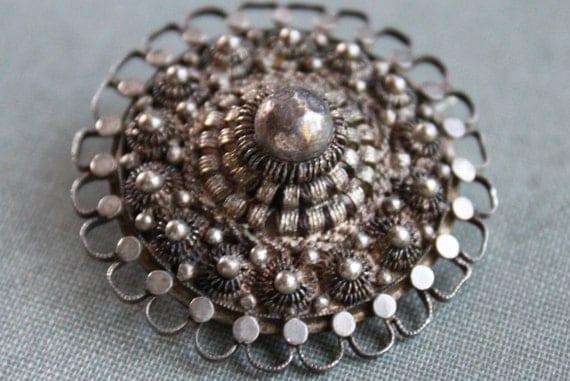Sterling Silver Zeeland Cannetille Medallion Brooch